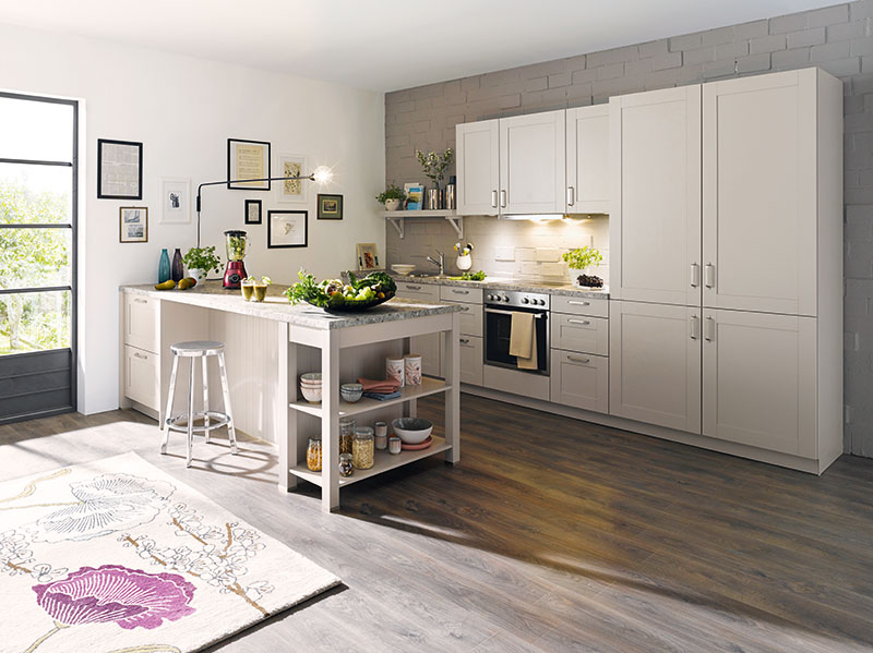 Schuller Kitchens by Russ Deacon   Casa – Magnolia silk gloss