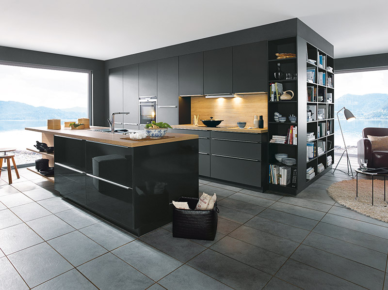 Schuller Kitchens by Russ Deacon | Glasline gloss – Lava Black